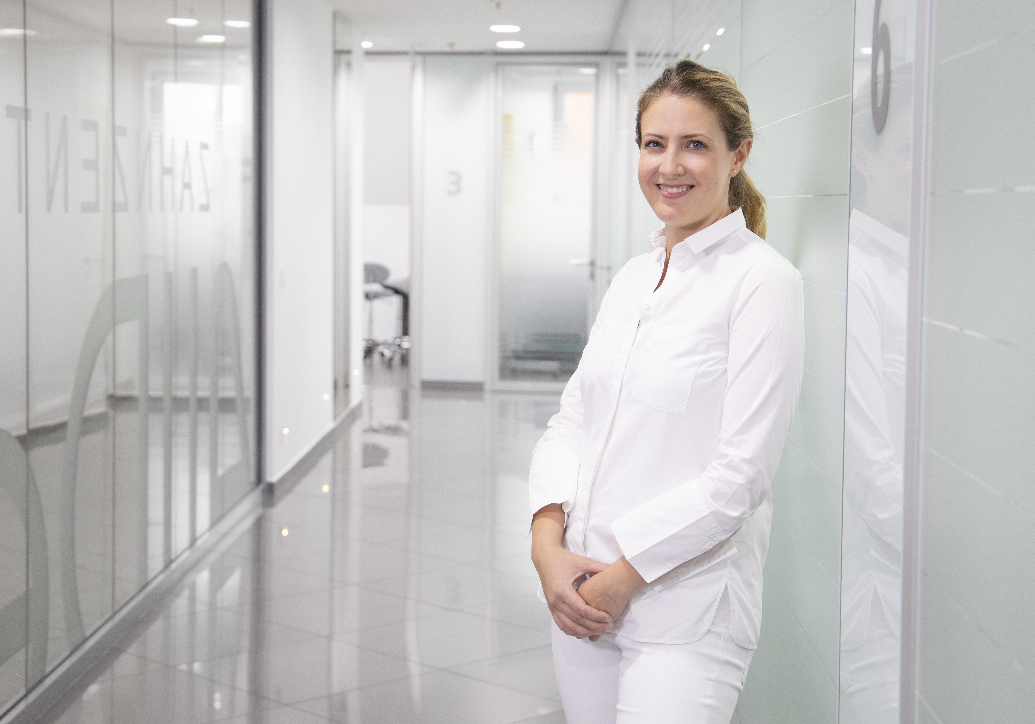 Oberärztin Dr. Lena von Saldern