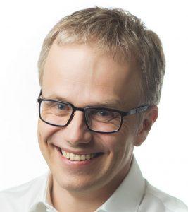 """Dr. Josef Kunkela: """"Wir alle freuen uns darauf, unsere Erfahrungen mit Kollegen zu teilen und mit Menschen zusammenzukommen, die gerade in die digitale Welt gestartet sind, um ihnen die Möglichkeiten von CEREC zu zeigen."""""""