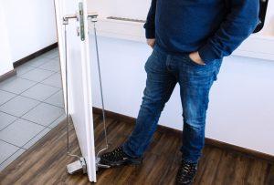 Referenzkunden für hygienische Fußtürklinke gesucht!