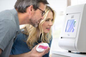 Zahntechniker erhalten mit der PrograMill DRY ein zuverlässiges, auf Zirkonoxid spezialisiertes CAD/CAM-System, das Flexibilität, Wirtschaftlichkeit und Einfachheit vereint.