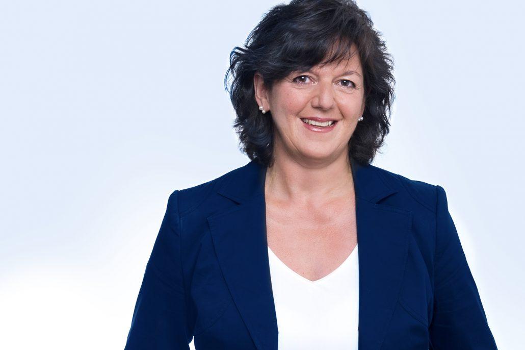 Sabine Schmidt, Leitung GOZ-/BEMA-Referat beim Deutschen Zahnärztlichen Rechenzentrum (DZR)